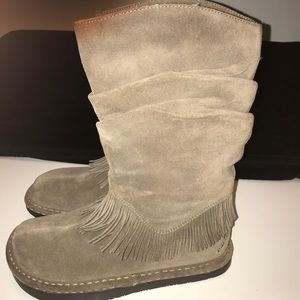 EARTH Moongate leather boots